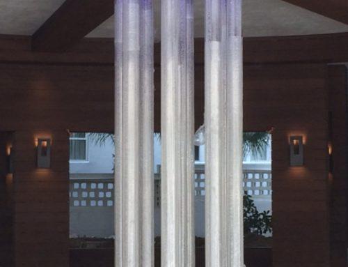 Color-changing Illuminated Columns – La Tour